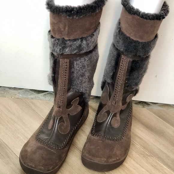 """73b681de0f8 Kenneth Cole """"Sheep of Trouble"""" Fur Boots NWT"""